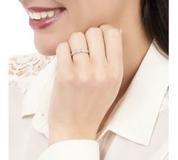 Argolla de matrimonio Milán: Moderno y pequeño con diamante de talla baguette en oro