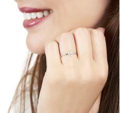 Anillo de compromiso Doha: Solitario con halo de diamantes