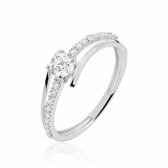 Gold and diamonds Wedding ring: Melbourne