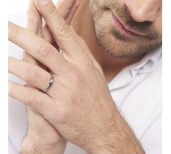 Argolla de matrimonio La Serena: Alianza con incrustación de ajuste cómodo