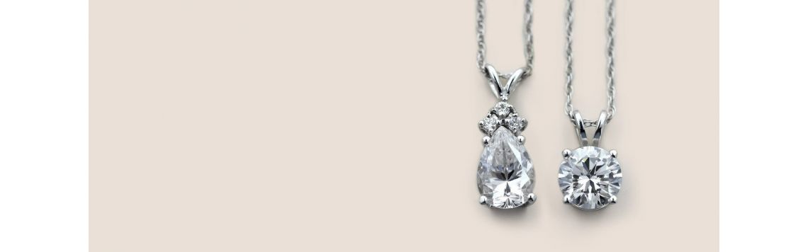 Necklaces in gold and diamonds | Eternity Jewelry